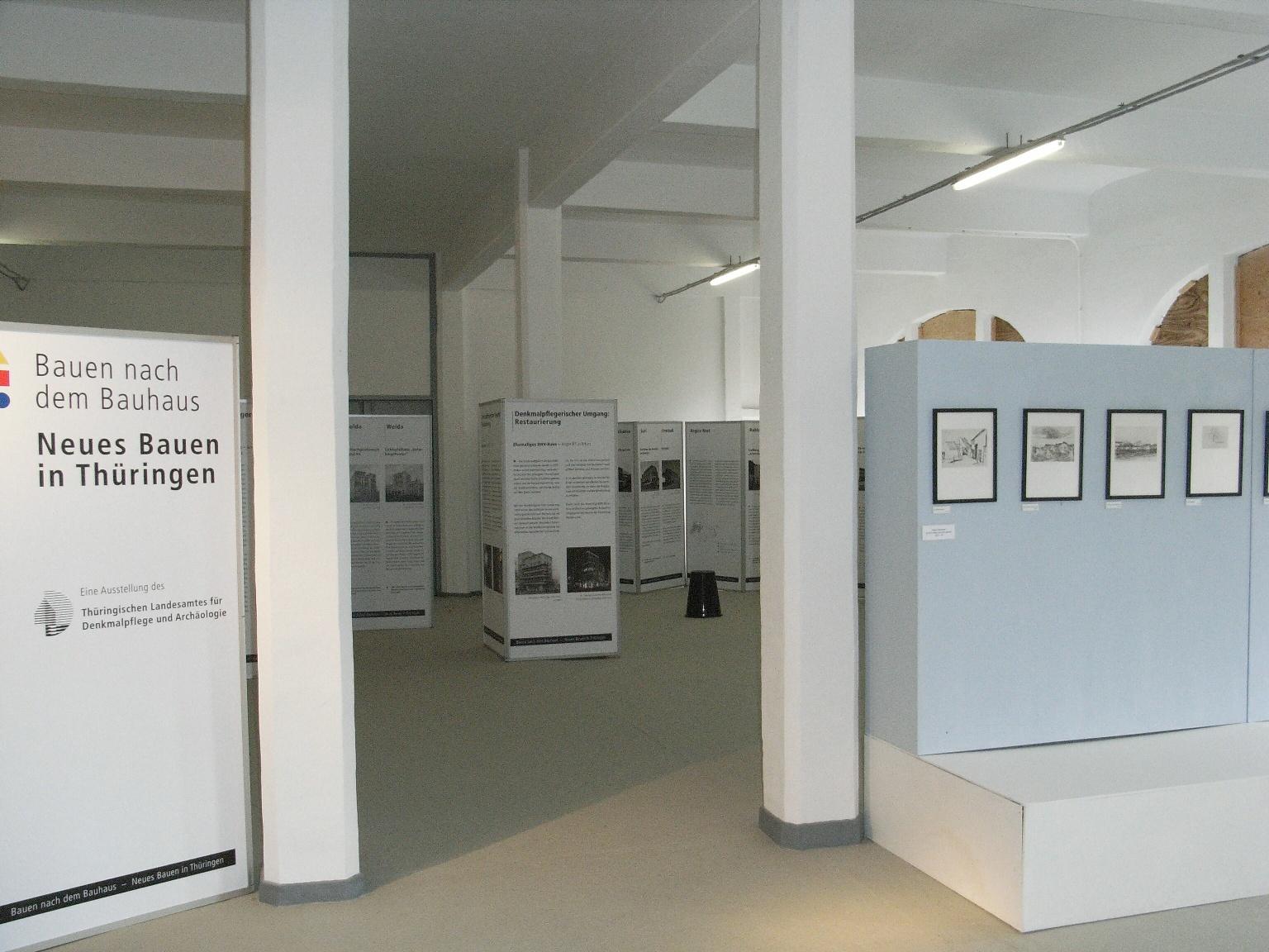 Bilder for Bauhaus bauen